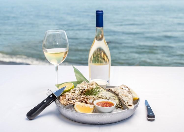 Vin blanc sec et minéral